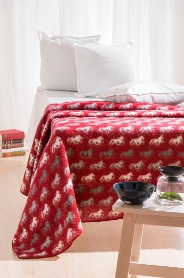 rote wolldecke pferde tagesdecke schurwolle decke. Black Bedroom Furniture Sets. Home Design Ideas