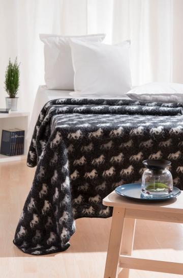 wohndecke woll decke mit island umriss tagesdecke 100. Black Bedroom Furniture Sets. Home Design Ideas