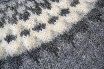 Damen Wollpullover Handgestrickt - hellgrau / dunkelgrau / weiss