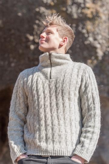 Wollpullover 045 Troyer mit Zopfmuster - hellgrau