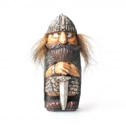 Wikinger Figur mit Haaren und Schwert