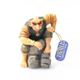 Troll-Mann auf Stein - Resin Figur